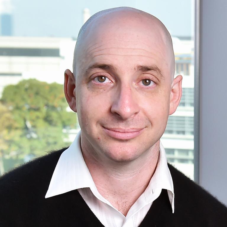 Dr. Adam Braunschweig