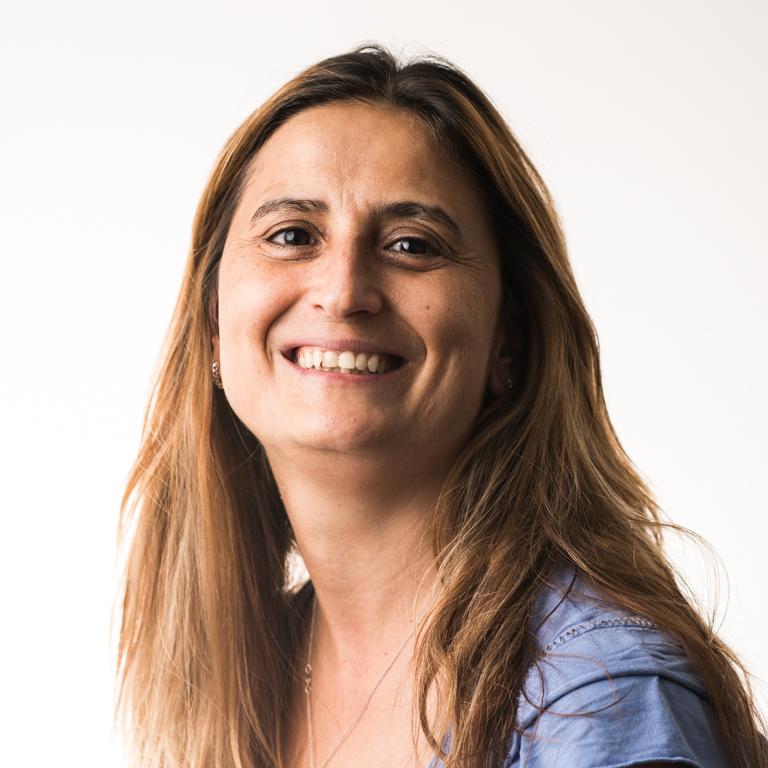 Dr. Gabriela M. Smeureanu