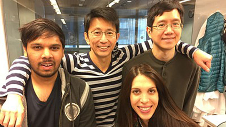 hiroshi matsui with students