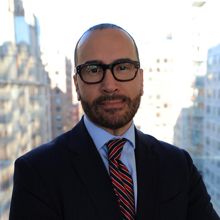 Dr. Lázaro Lima